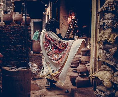 inside mumbai Kumbharwada Dharavi